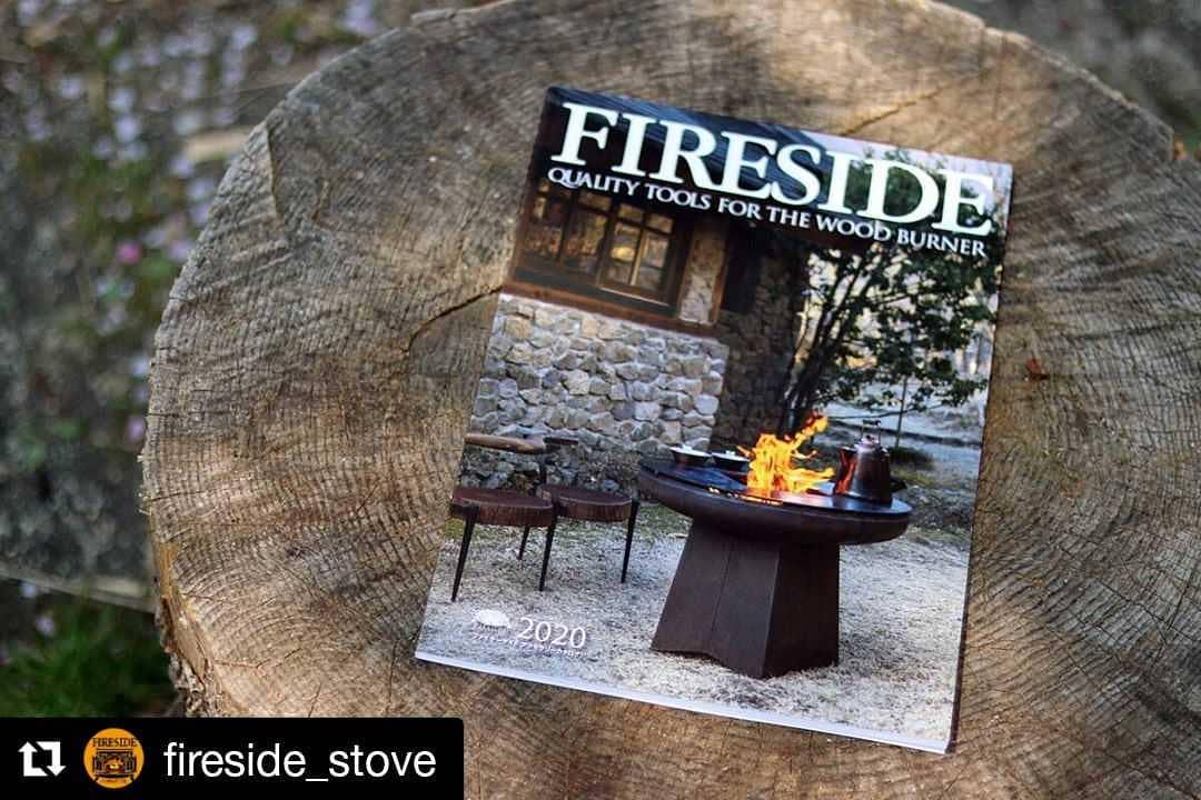 いつも内容の濃いファイヤーサイドさんのアクセサリーカタログ。おうち時間を使って熟読してみては。#ストーブハウス#原村#Repost @fireside_stove (@get_repost)・・・最新カタログできました。ファイヤーサイド アクセサリーカタログ2020年版を発行しました。Quality Tools for The Wood burner 薪焚人のための上質な道具。薪ストーブ用品からアウトドアツールまで、薪火にまつわる道具をフルラインナップしています。表紙はくしくもSTAY HOMEとなりました。カタログは無料でお送りしています。ぜひお手にとってご覧ください。(GW休業明けの5/7から順次発送させていただきます)https://www.firesidestove.com/catalog/secure/catalogue/電子ブックからもご覧いただけます。https://www.firesidestove.com/wb/#ファイヤーサイド #yagoona #グランマーコッパーケトル